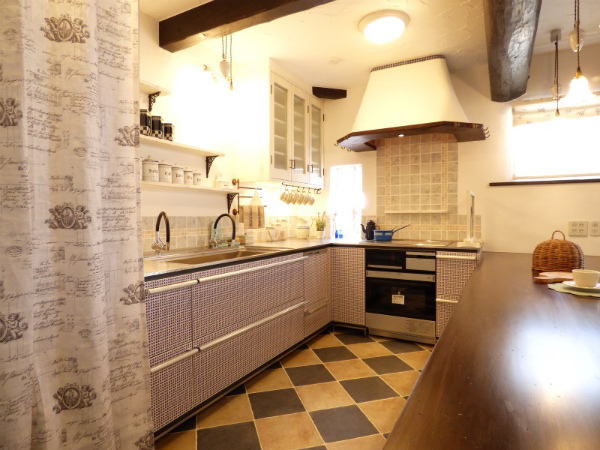南仏プロヴァンスの家・キッチン