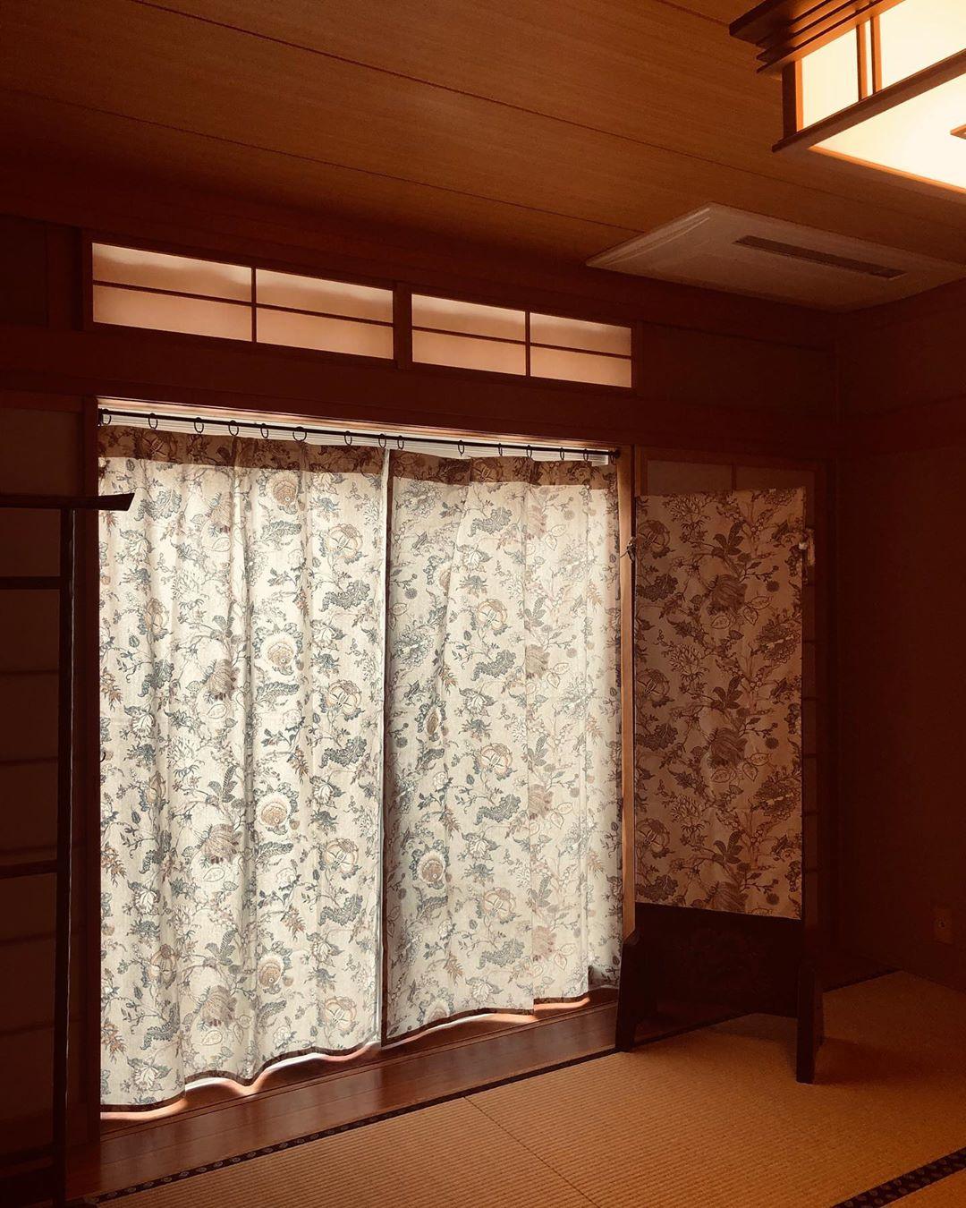 トワルドジュイで作った和室のカーテン